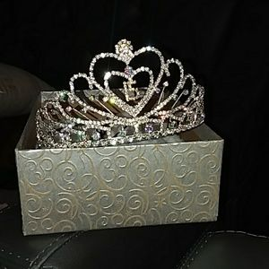 Princess 15s crown tiara rhinestone silver
